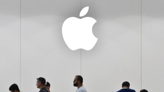 郭明錤: MacBook採用剪刀腳鍵盤,精元大贏家(圖片:AFP)