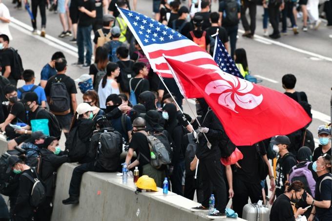 華春瑩指責:美國欠世界一個交代。(圖片:AFP)