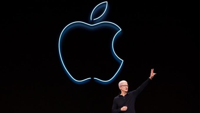 蘋果盤後大漲4.5% 市值又邁進1兆美元關卡(圖片:AFP)