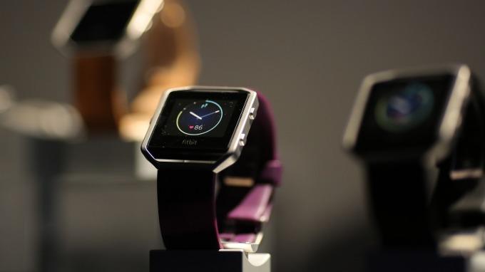 蘋果和Fitbit在智慧手表業務大戰的最佳評語:贏者全拿(圖:AFP)