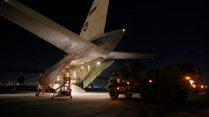 川普新關稅對衰退中的航空貨運業可能是雪上加霜(圖:AFP)