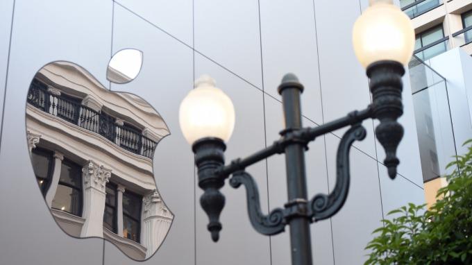 蘋果專利新耳機 讓使用者找到耳機的正確方向 圖片:AFP