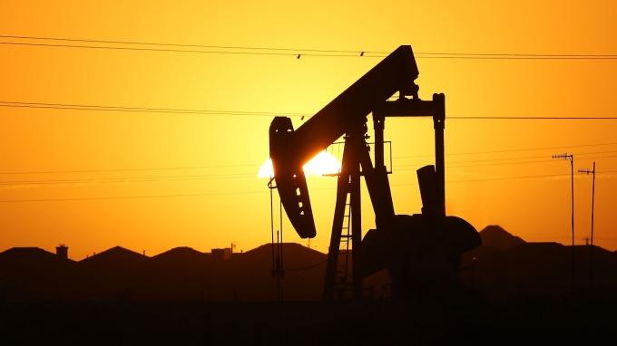能源盤後—原油反彈 抵銷川普關稅推文部分衝擊 WTI本週仍跌1%(圖片:AFP)