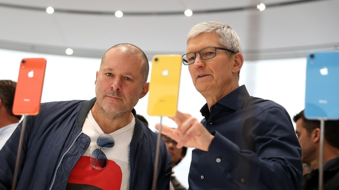 5G iPhone 提振銷售? 巴克萊悲觀:不會有重大影響。(圖片:AFP)