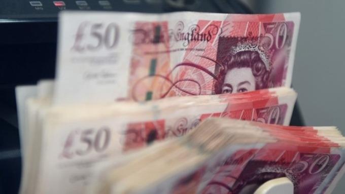 無序脫歐風險持續擴大.. 英鎊兌美元「平價」不再遙不可及? (圖片:AFP)