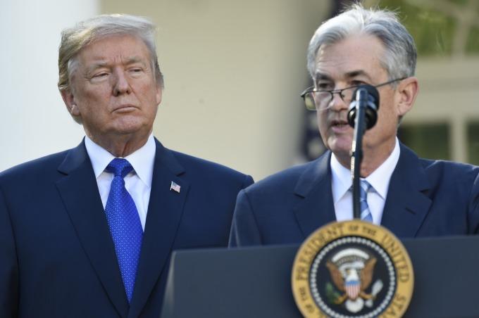若美國經濟出現問題,川普與其經濟顧問已找好了代罪羔羊:聯準會與聯準會主席鮑爾 (圖片;AFP)
