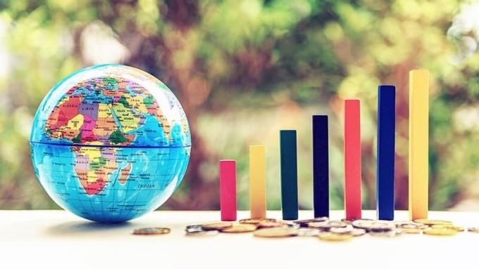 震盪成常態,全球多重資產GOOD策略最給力。(圖:AFP)