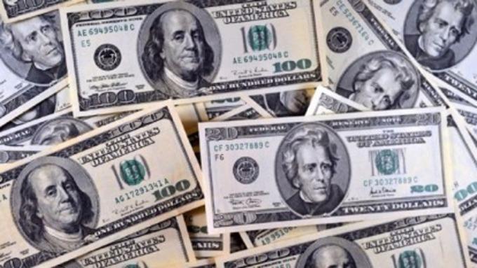 美元高利定存3%以上寥寥無幾且訂高門檻 但鎖住高利仍要趁現在。(圖:AFP)