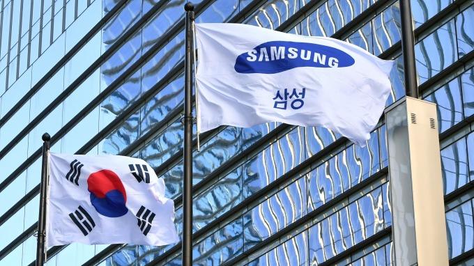 南韓8月前十天出口再降22% 半導體仍是下滑關鍵(圖片:AFP)