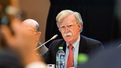 態度轉硬?美國安顧問:英國恐取消華為准入 (圖片:AFP)
