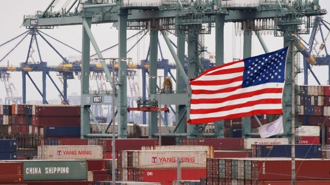 美銀:美國在1年內面臨經濟衰退的機率達3分之1 (圖片:AFP)