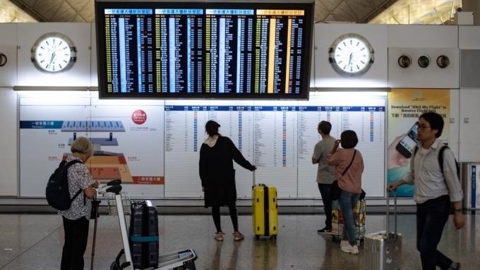 香港機場恢復運作 機管局:已取得臨時禁制令不准示威(圖片:AFP)