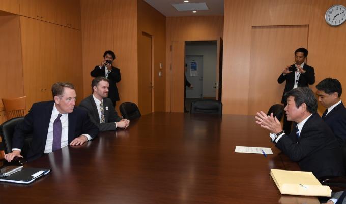 美日將搶在 G7 前、舉行部長級貿易談判。(資料照片) (圖片:AFP)