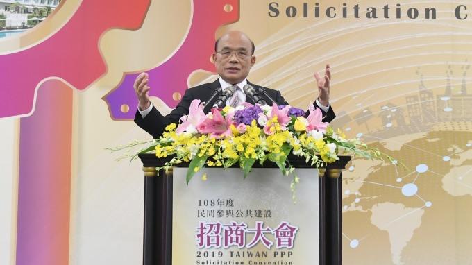 行政院長蘇貞昌拍板通過,明年度總預算歲入歲出雙破2.1兆元。(圖:行政院提供)
