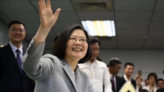 台灣逾20年來的首份平衡預算書 讓公債交易員開心不起來 (圖片:AFP)