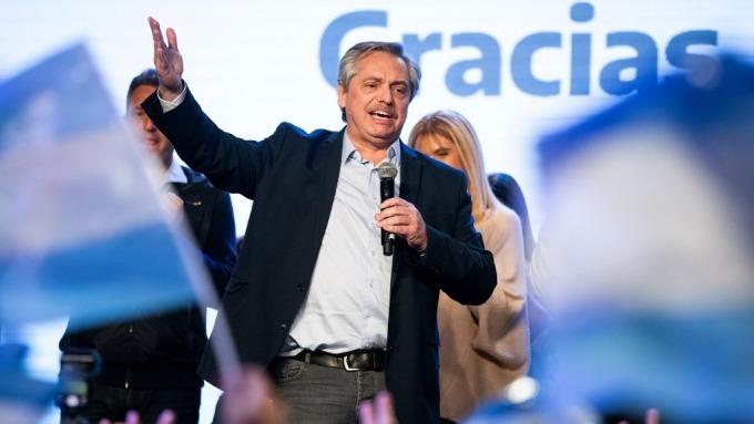 阿根廷總統民粹候選人艾柏托(圖片:AFP)