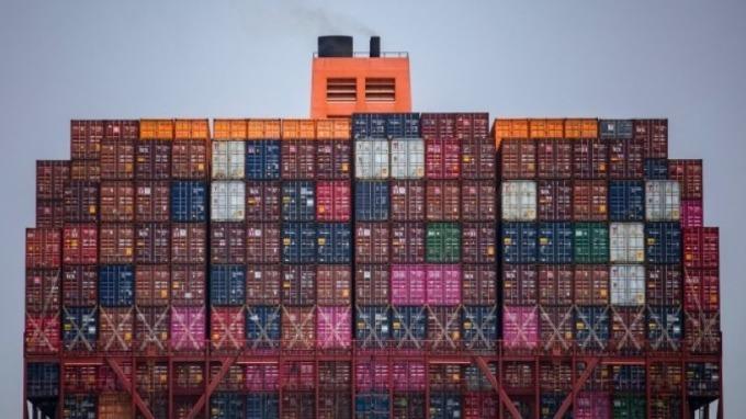貿易戰波及 南韓出口量年增率將連續九個月下滑 圖片:AFP