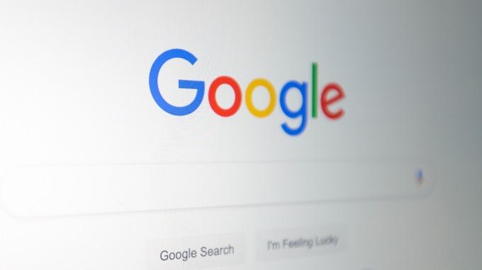 媒體巨擘新聞集團將推Knewz.com 對抗Google News與臉書動態新聞。(圖片:AFP)