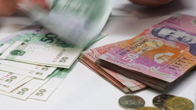 紐西蘭央行總裁:不惜代價支持經濟 目前可先觀望再做決定(圖片:AFP)