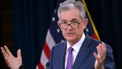 鮑爾承諾維持經濟擴張,未釋出降息明確訊號。(圖片:AFP)
