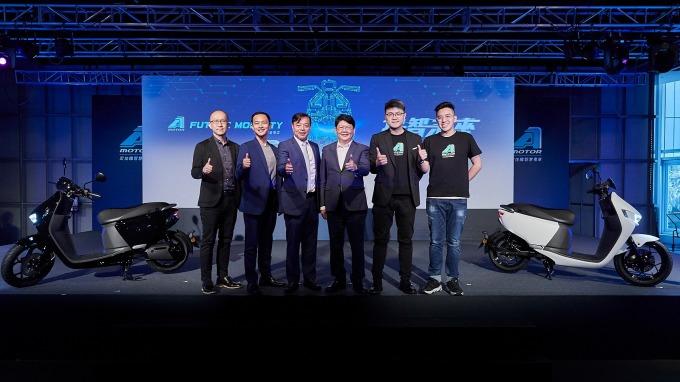 宏佳騰首款電動機車Ai-1亮相 全台將陸續開專屬門市