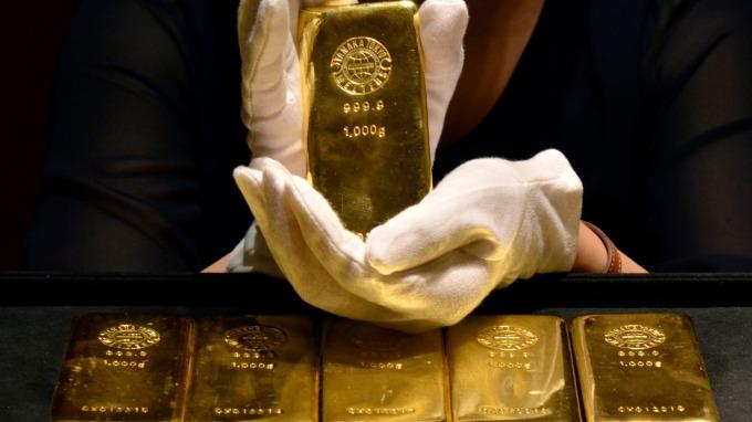 花旗:黃金可望突破向上 有漲至2000美元的空間(圖片:AFP)