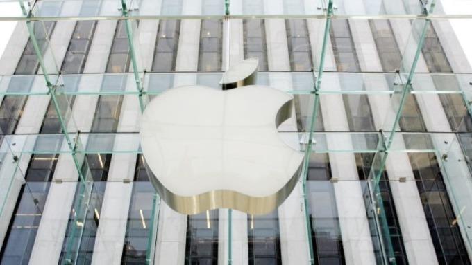 蘋果新專利申請 包含手指運動感測裝置及配置傳感器的觸控筆 圖片:AFP