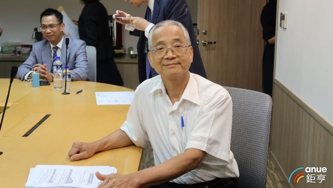 國壽董座黃調貴順利連任壽險公會理事長。(鉅亨網記者郭幸宜攝)