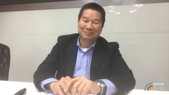 聯華昨正式轉型為投控型態, 總經理景虎士今日宣布退休。(鉅亨網記者張欽發攝)