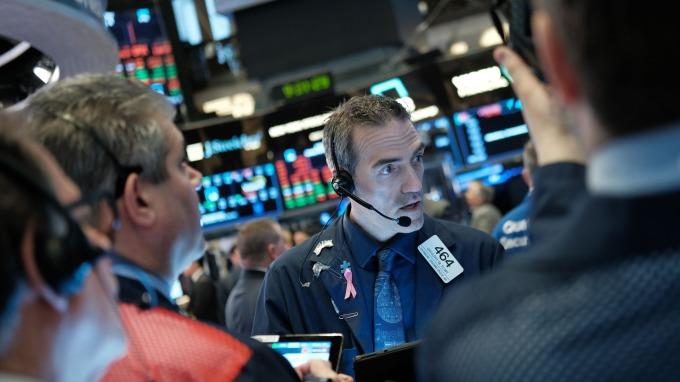 〈分析〉9月波動大!美銀美林喊進場 然LPL金控分析師搖頭(圖片:AFP)