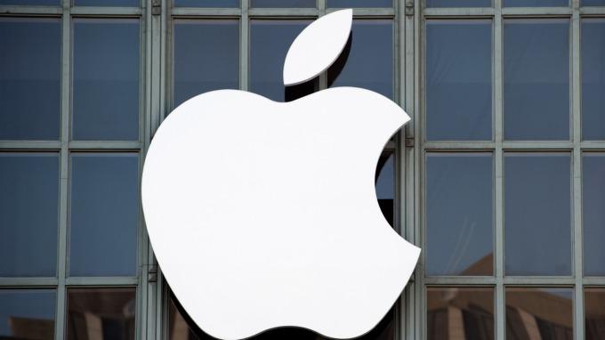 滿手現金的蘋果,為何睽違2年後重返債市?(圖片:AFP)