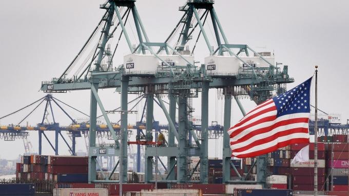 Fed:預估貿易戰讓全球損失8500億美元  (圖片:AFP)