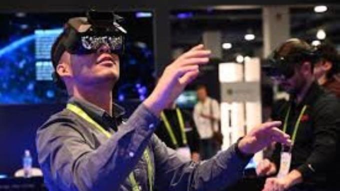 蘋果申請智慧型眼鏡專利 涉及眼動追蹤  (圖片:AFP)