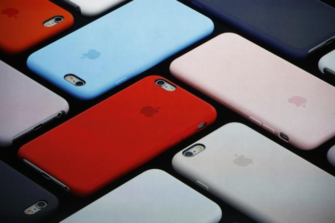 美銀預估,將有全球將有 2 億台 iPhone 6 與更舊的手機型號做好升級準備。(圖片:AFP)