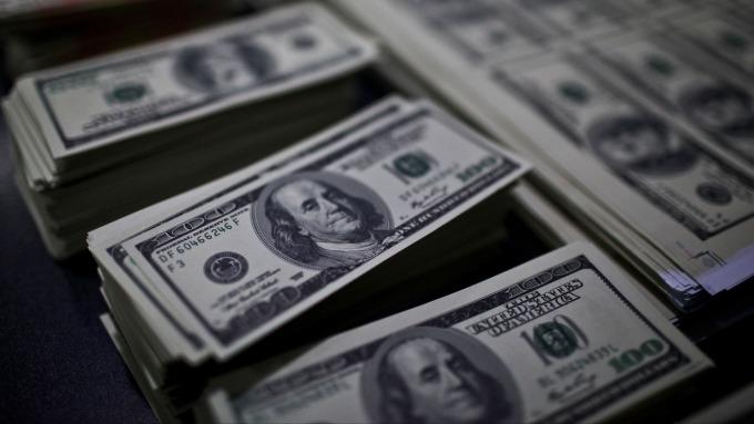 美國降息預期緣何美元沒跌?(圖/AFP)