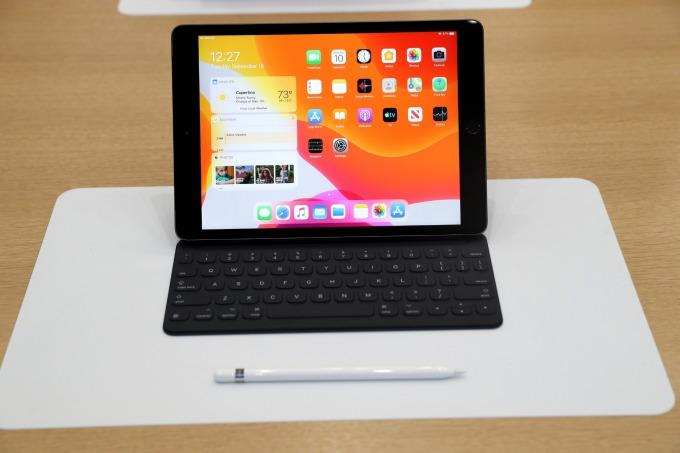 新款 iPad 兼容蘋果智慧鍵盤和 Apple Pencil (圖片:AFP)