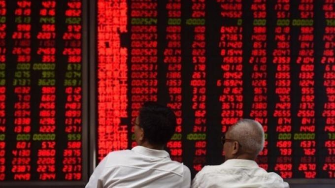 彭博專欄:中國加速對外資開放 「吞誘餌」前最好三思 (圖片:AFP)