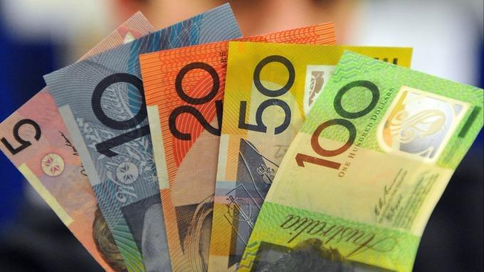 商品貨幣由弱轉強有機會嗎?(圖/AFP)