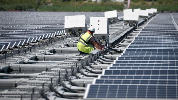 太陽能需求復甦 韓廠有望擺脫中國的同業競爭 (圖片:AFP)