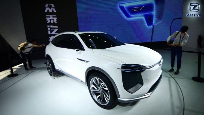 中國車市持續走軟、連續14個月銷量下滑。(圖片:AFP)