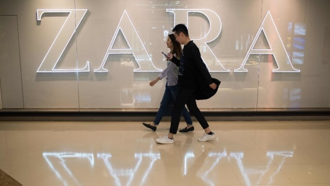ZARA母公司毛利率不升反降  歐洲快時尚產業咬牙苦撐 (圖:AFP)