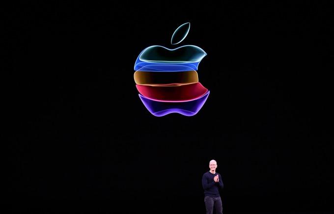 微軟、蘋果週三市值破兆美元。(圖片:AFP)