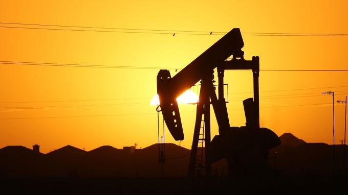 能源盤後—美伊會談有望!川普有意撤了伊朗制裁 原油跌至一週低點(圖片:AFP)