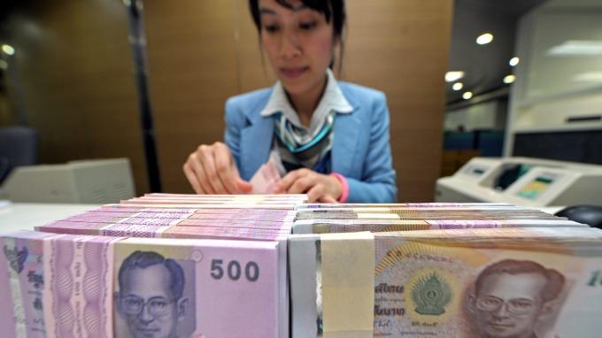 泰銖今年以來升逾6% 反成泰國經濟發展重大難題(圖片:AFP)