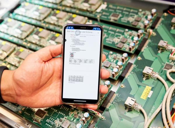 該技術現已導入國內外多家企業客戶,未來在傳輸速度要求度極高的手機遊戲產業,實現 Cloud Gaming 的新商業模式。