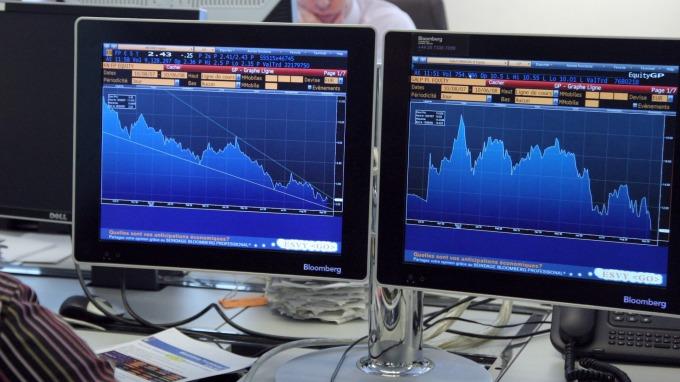 晨星:主動型基金績效 不如被動型(圖:AFP)