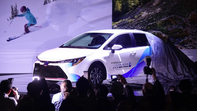 豐田油電混合車將採特斯拉款松下電池(圖片:AFP)