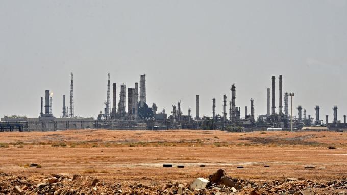 沙特設施攻擊事件 恐影響全球石油市場及該公司的IPO計畫 圖片:AFP