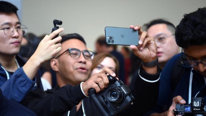 蘋果將發展成「相機公司」?這似乎是iPhone 11最明確的走向(圖片:AFP)