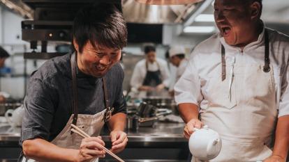 國城建設邀請米其林二星主廚-長谷川在佑、一星主廚-武田健志合作,將在豪宅大案「定潮」開兩家餐廳。(圖/鉅亨網資料照)